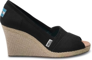 Toms wedges black